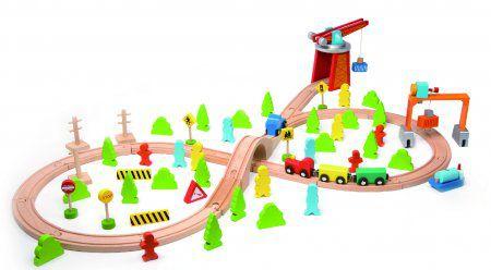 Vlak dřevo s dráhou