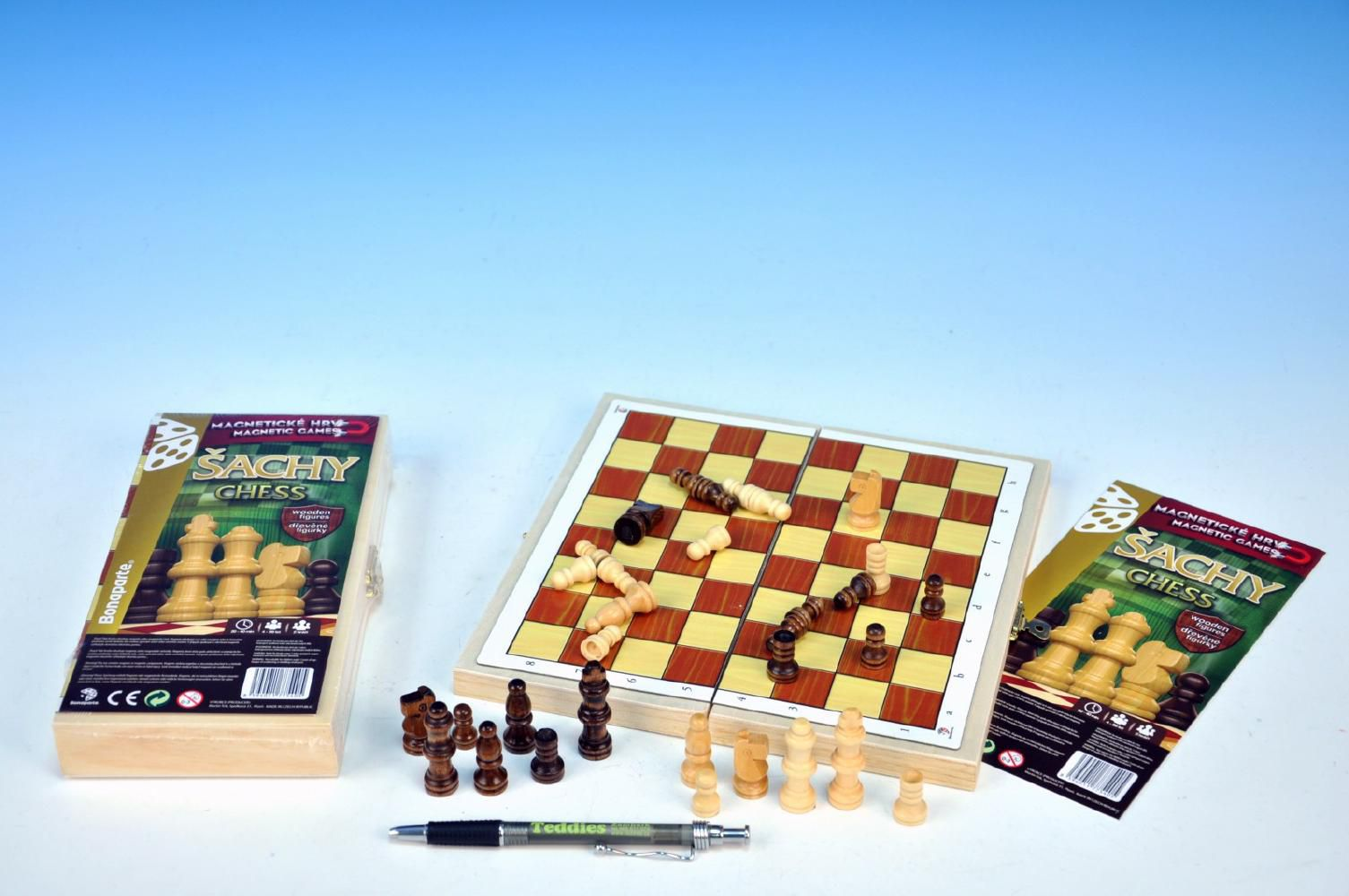 Magnetické šachy dřevo