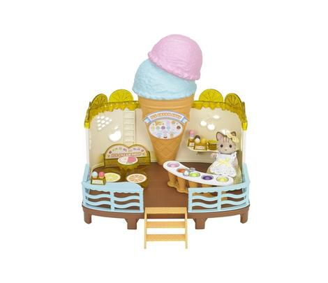 Zmrzlinová restaurace u moře