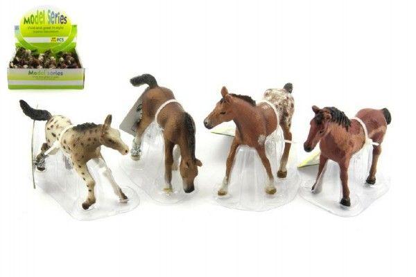 Kůň plast